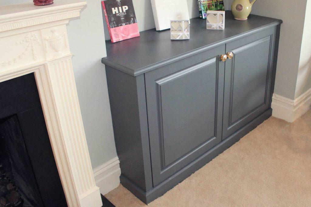 Right side alcove cabinet, Winchmore Hill, N21