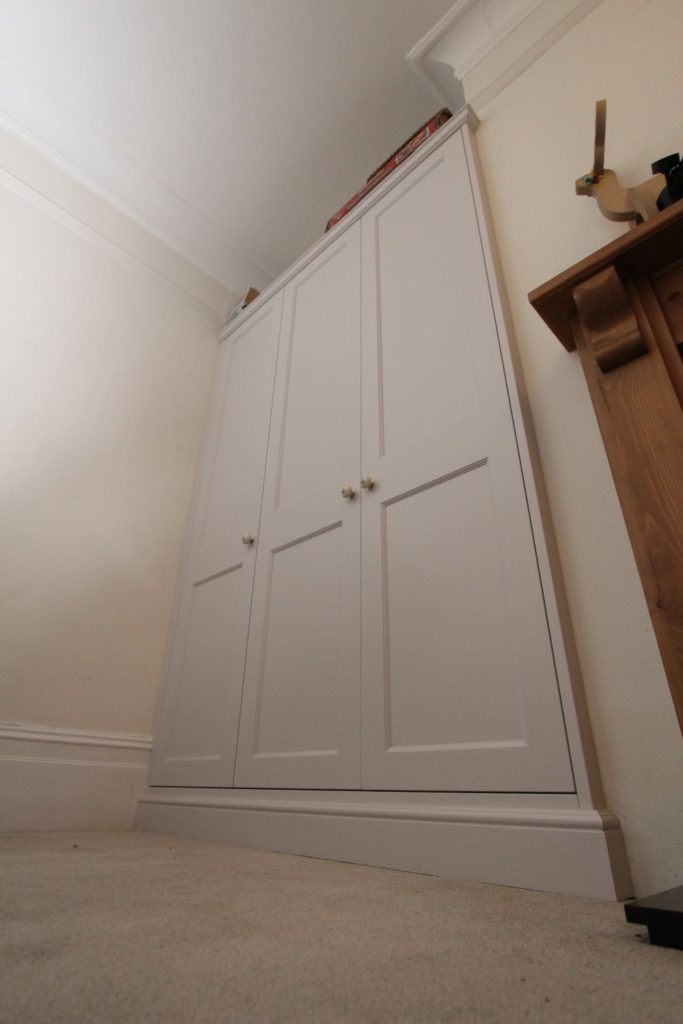 Built in spray lacquered shaker storage cabinet, Winchmore Hill N21