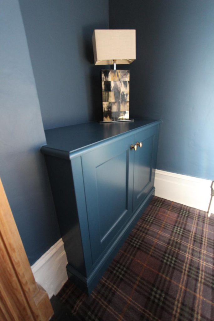 Side view of alcove media unit, Winchmore Hill N21