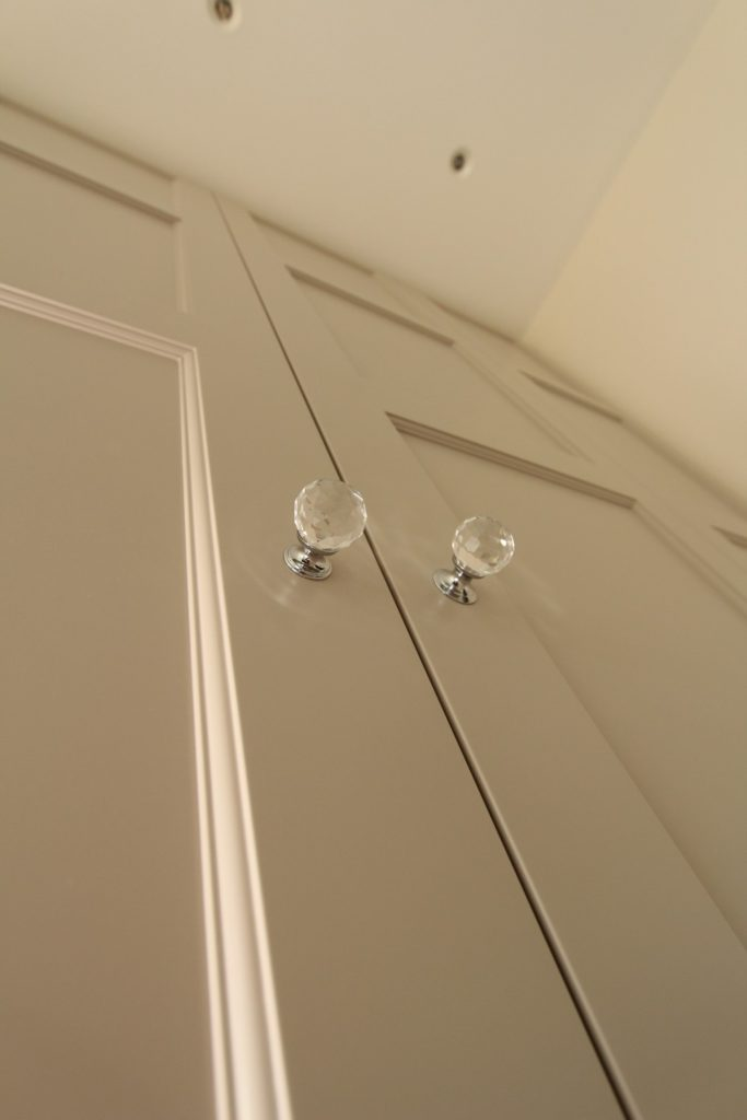 Close up of sprayed beaded shaker doors, Sevenoaks TN14