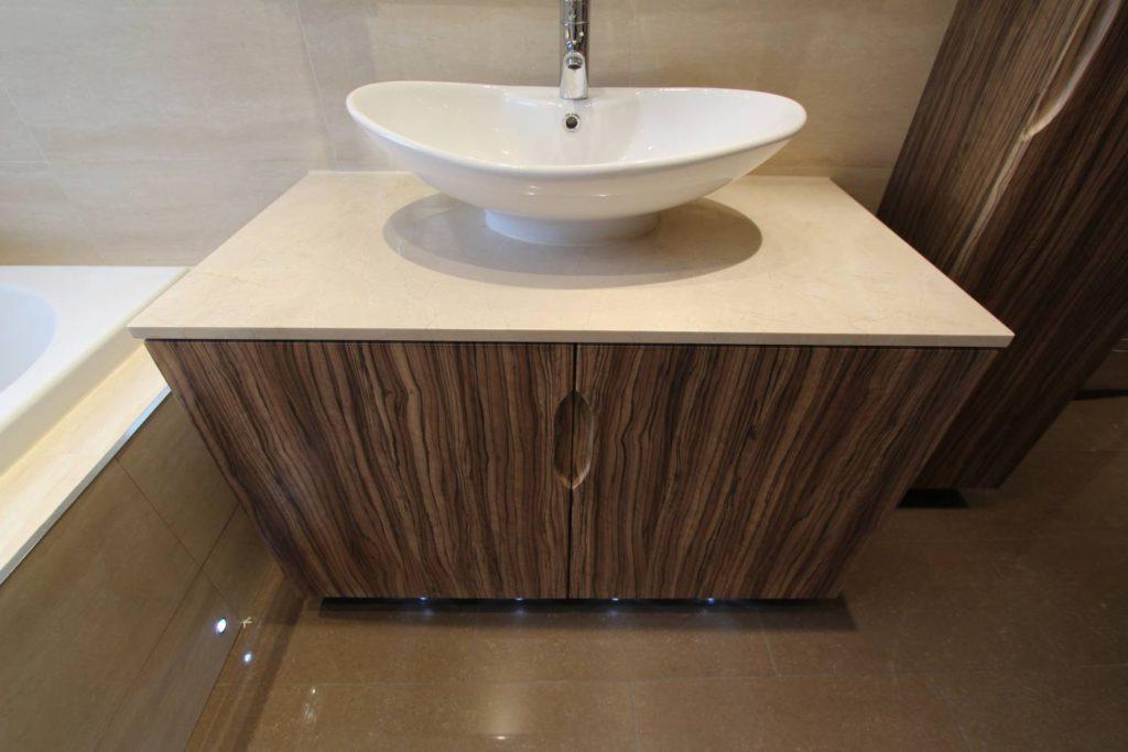 Modern bespoke fitted vanity unit, Palmers Green, N13
