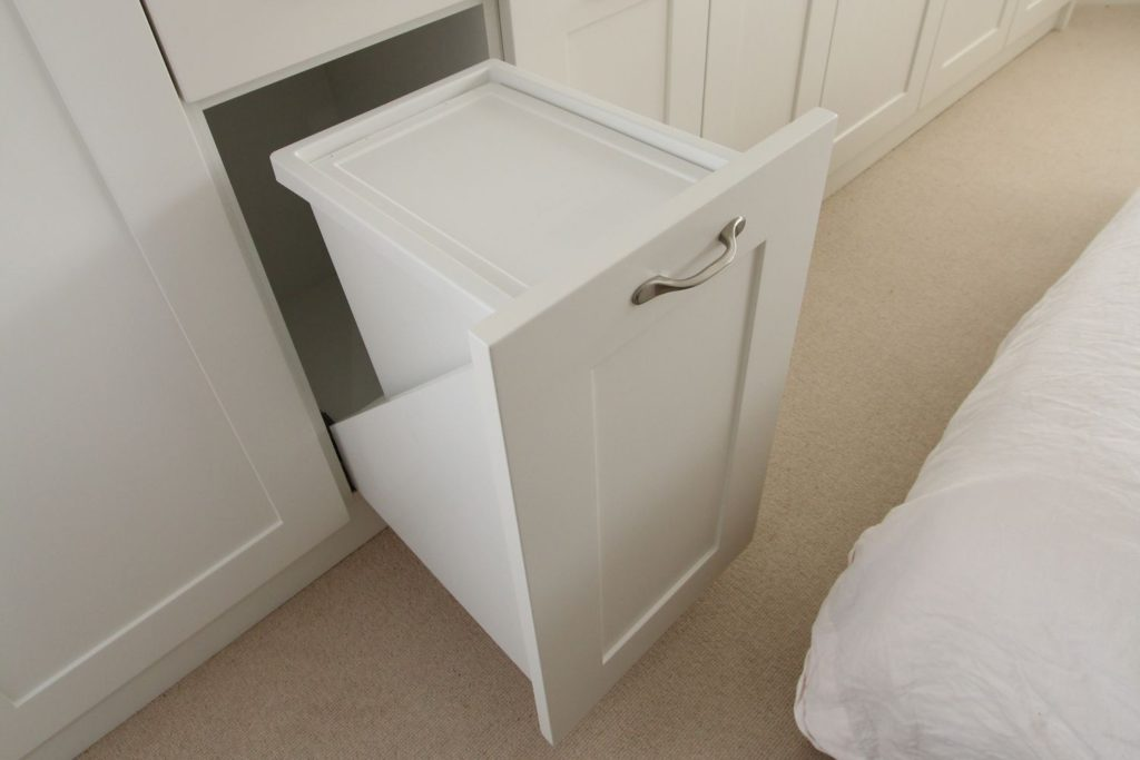 Shaker wardrobe with pull-out laundry bins, Enfield EN2